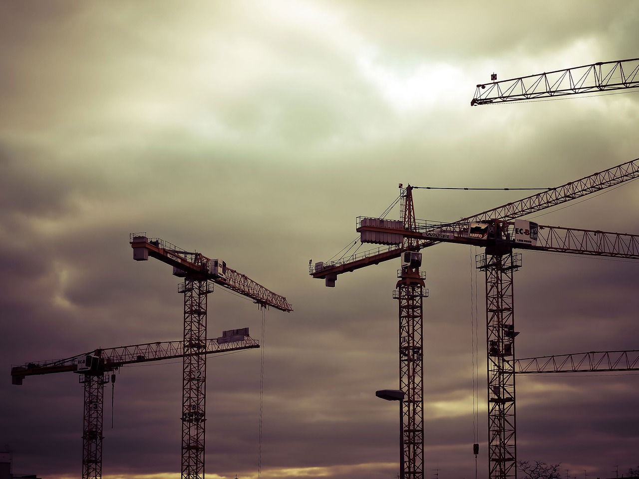 Two Important Approaches to Construction Management Risk